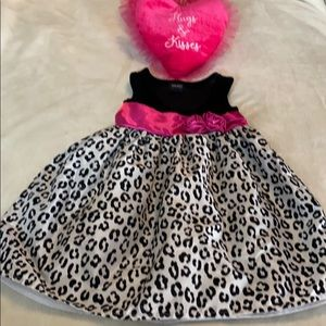 Holiday Editions black velvet bodice dress & pink